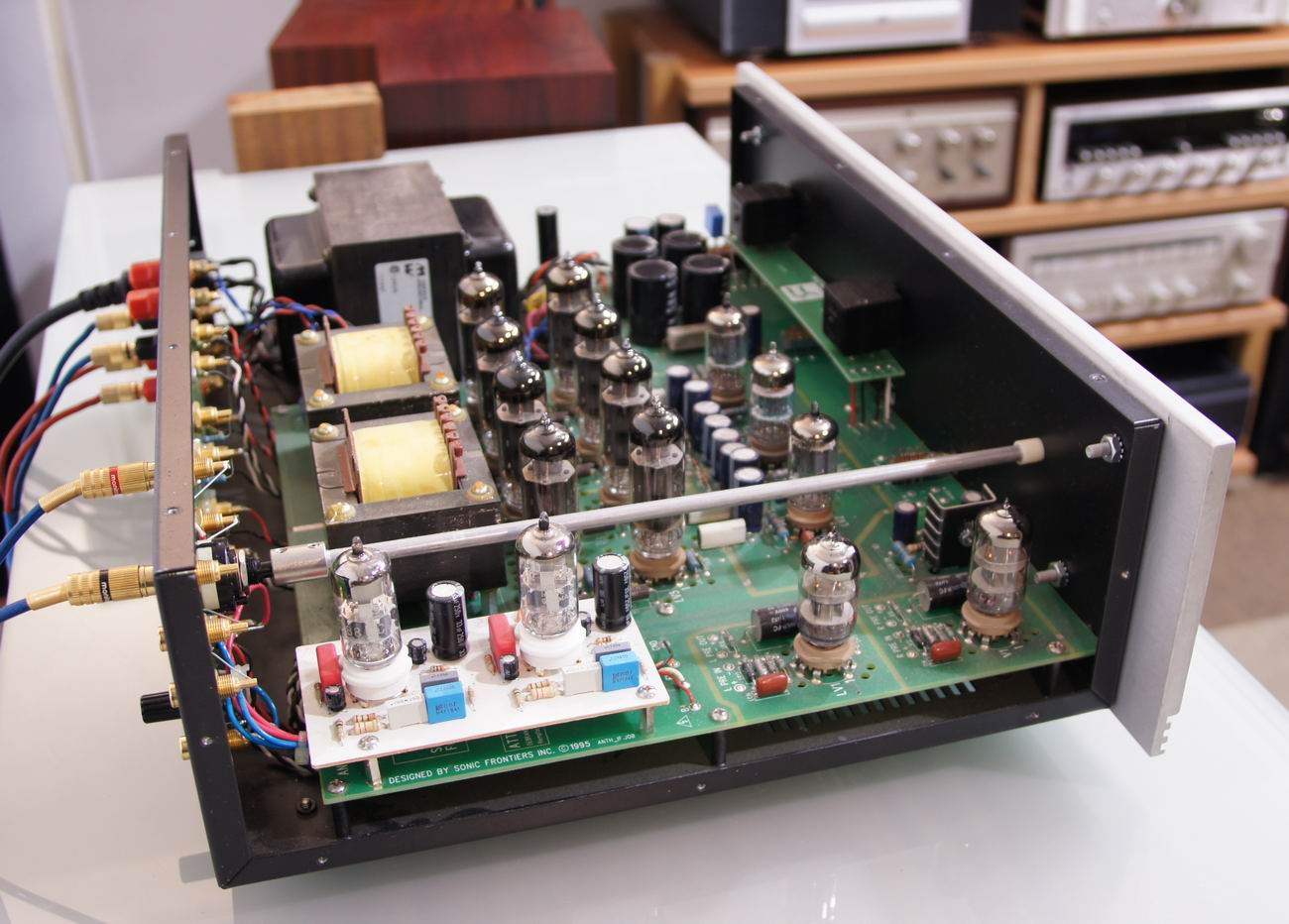how to use an intergrated amp